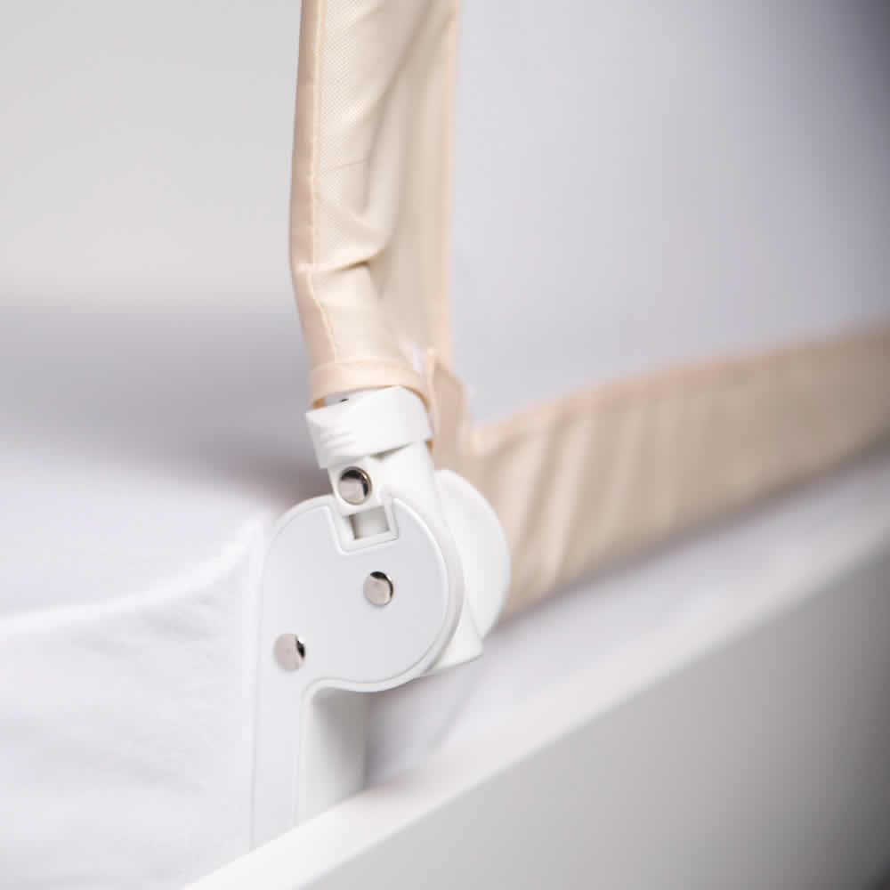 roba rausfallschutz bettgitter bettschutzgitter klappbar 102 135 oder 150 cm ebay. Black Bedroom Furniture Sets. Home Design Ideas